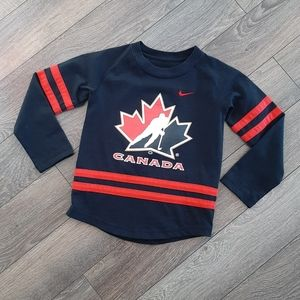 🇨🇦 Nike Boys Long Sleeve Shirt